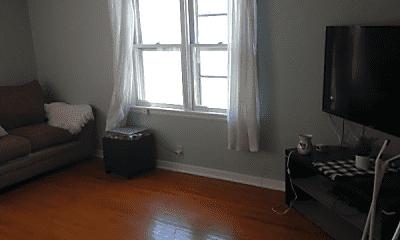 Living Room, 1107 10th St N, 2