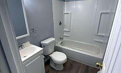 Bathroom, 24 Sycamore St, 2