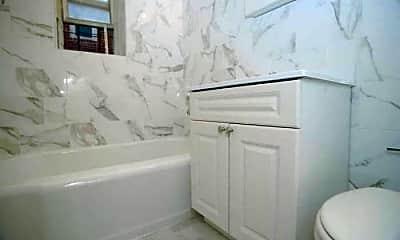 Bathroom, 960 E 12th St, 0