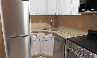 Kitchen, 156 W 74th St, 0