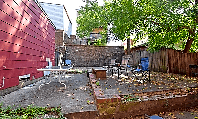 Patio / Deck, 2208 Victor St, 2