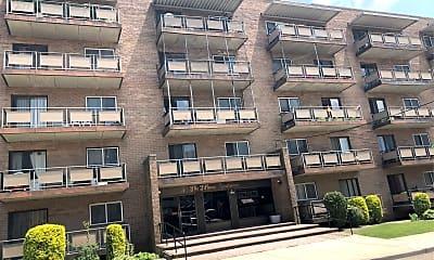 Tiffany Apartments, 2