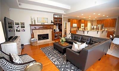 Living Room, 5501 Esquel Cove, 1