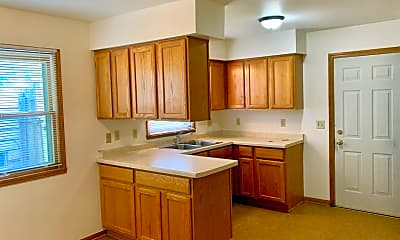 Kitchen, 6919 W Brentwood Ave, 1