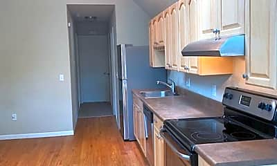 Kitchen, 1632 Franklin St, 2