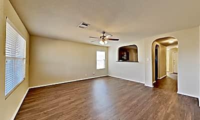 Living Room, 843 Six Iron, 1