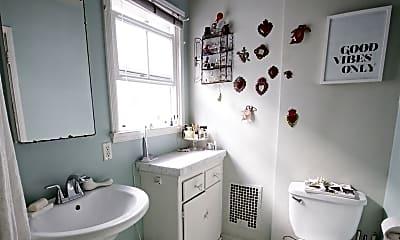 Bathroom, 11033 Strathmore Dr, 1