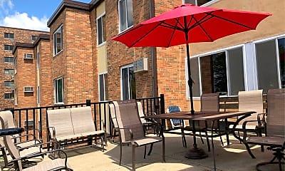Senior Court Apartments, 2