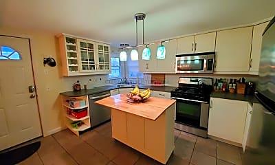Kitchen, 134 Lake St, 1