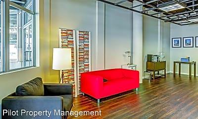 Living Room, 900 108th Ave NE, 0