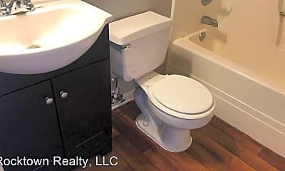 Bathroom, 1330 Hunters Rd, 2