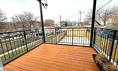 Patio / Deck, 1840 N Kimball Ave, 2