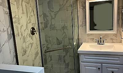 Bathroom, 626 W. Oak St., 2