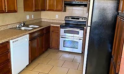 Kitchen, 419 W Spruce Ave, 0