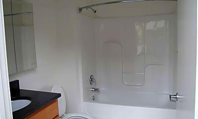 Bathroom, American Can Lofts, 2