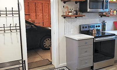 Kitchen, 3125 S Dakota St, 1
