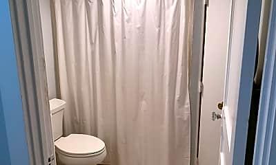 Bathroom, 35 Bay State Rd, 2