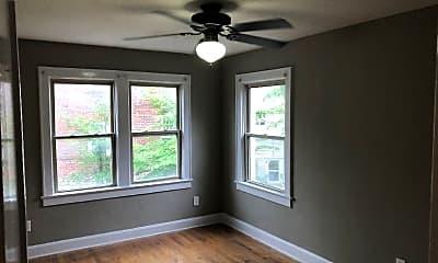 Bedroom, 4329 Roanoke Pkwy, 1