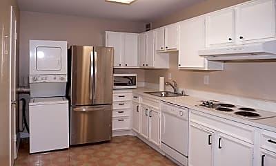 Kitchen, 307 Yoakum Pkwy 520, 1