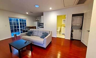 Living Room, 6937 Shoshone Ave, 0