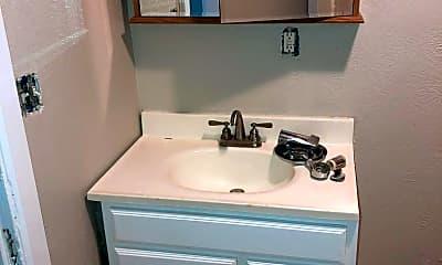 Bathroom, 147 S 3rd St, 2