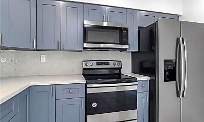 Kitchen, 705 NE 2nd St 16, 1