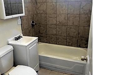 Bathroom, 6544 S Champlain Ave, 2