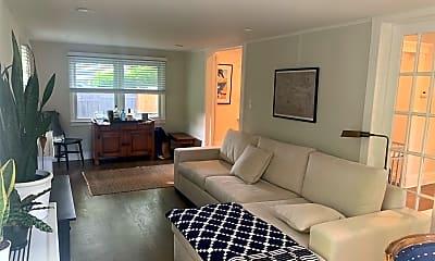 Living Room, 77 Murray Ave, 1