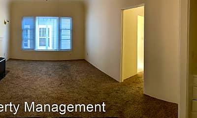 Bedroom, 433 Nutmeg St, 1