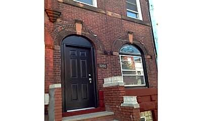 Building, 1250 N 29th St, 0