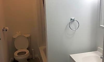 Bathroom, 850 Capouse Ave, 2