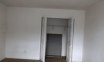 Bedroom, 54 Garfield St, 2