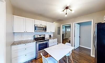 Kitchen, Room for Rent - Live in Grove Park, 1
