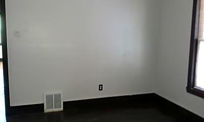Bedroom, 214 E Philadelphia St, 1