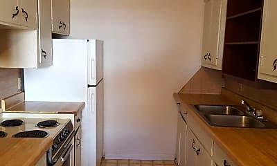 Kitchen, Divine Properties Rental Center, 2