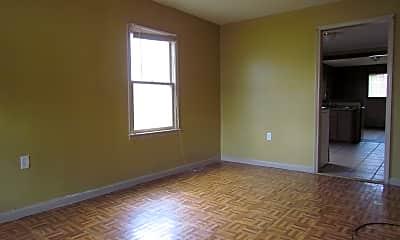 Living Room, 1483 Wabash Ave, 2