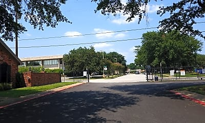 Town Oaks Townhomes, 2