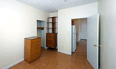 Bedroom, 400 Atlantic, 1
