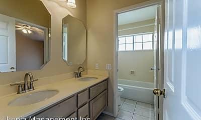 Bathroom, 5175 Via Portola, 2