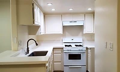 Kitchen, 13012 Riverside Dr, 1