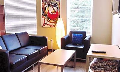 Living Room, 324 Vine St, 1