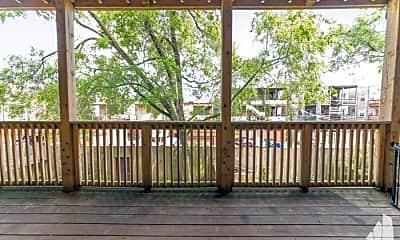 Patio / Deck, 1030 W Byron St, 2