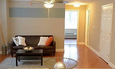 Living Room, The Ogontz, 1