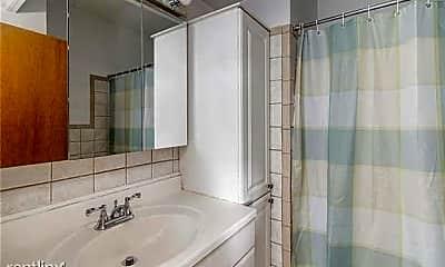 Bathroom, 8 Slocum St, 2