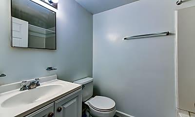 Bathroom, Springfield Green, 2