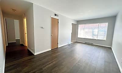 Living Room, 4101 Germania St, 1