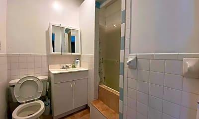 Bathroom, 535 9th Ave 3, 2