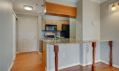 Kitchen, 795 Hammond Dr 2103, 1