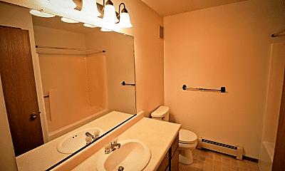 Bathroom, 5401 56th St, 2