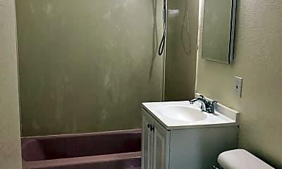 Bathroom, 1115 Virginia Ln, 2